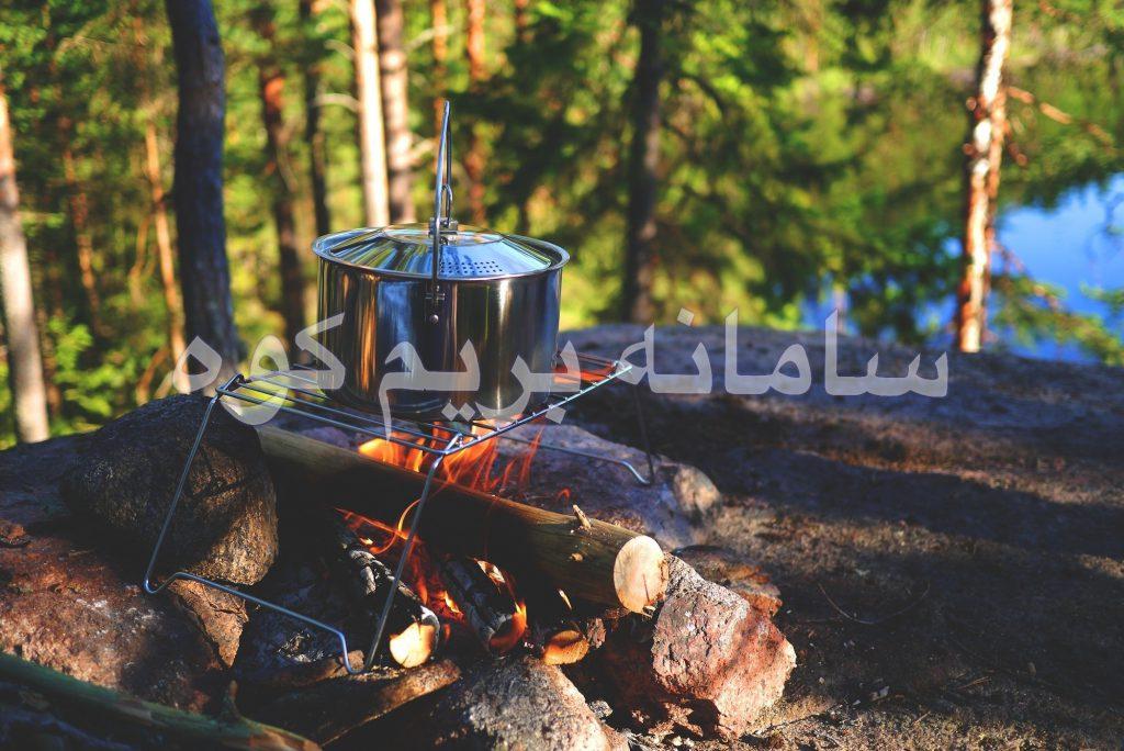 آشپزی بر روی آتش در طبیعت