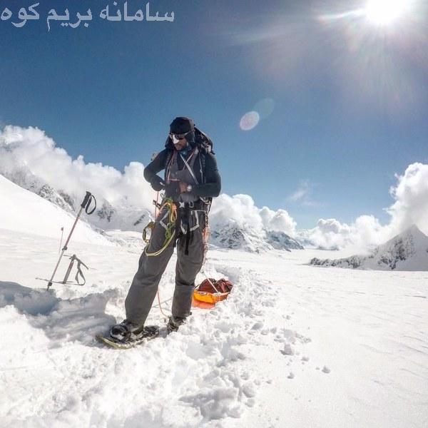 تایری مور ( Tyrhee Moore ) در حال صعود به قله های روئنزوری