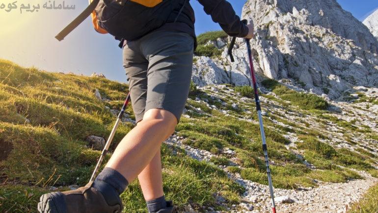 در هنگام کوهنوردی، حالت و وضعیت بدنتان را ثابت و صحیح نگاه دارید .