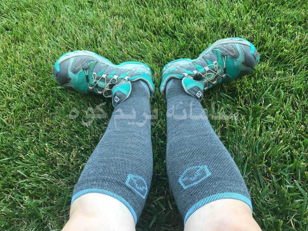 جوراب های فشرده سازی کوهنوردی با افزایش تعادل عضلات و مفاصل شما، کمک بسزایی در صعود شما دارند.