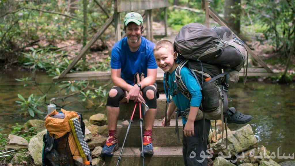 لازم نیست صعود اولتان انفرادی باشد. به دنبال یک دوست و یا یک کوهنورد حرفه ای بگردید تا از اطلاعات او در مسیر استفاده کنید .