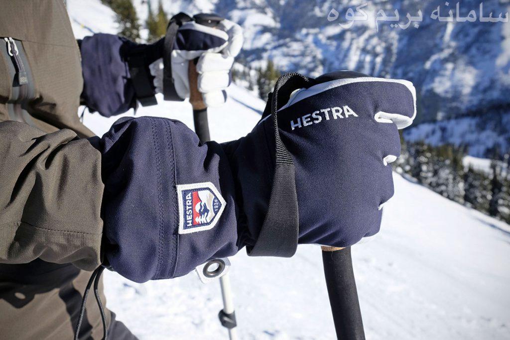 اکثر کوهنوردان در آب و هوای سرد، فقط سراغ پوشش های بدنی می روند و خیلی راحت از دستان خود غافل می شوند !