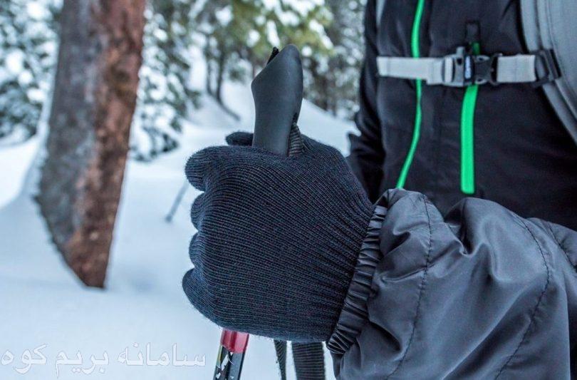 پوشیدن دستکش از بی حس شدن ، خشک شدن و ترک خوردگی دستانتان جلوگیری می کند .