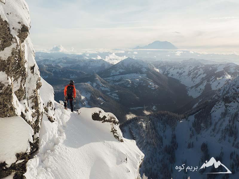 تصمیم بگیرید که آیا میخواهید شب را نیز در کوهستان سپری کنید