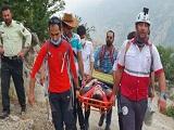 نجات فرد سقوط کرده از ارتفاعات جنگل فینسک شهرستان مهدیشهر