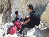 نجات جان پدر و پسر مفقودشده در کوههای غربه بوشهر